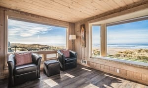 Photo of a Starfish Luxury Rental, Just Minutes Away from a Day of Beach Horseback Riding in Oregon.