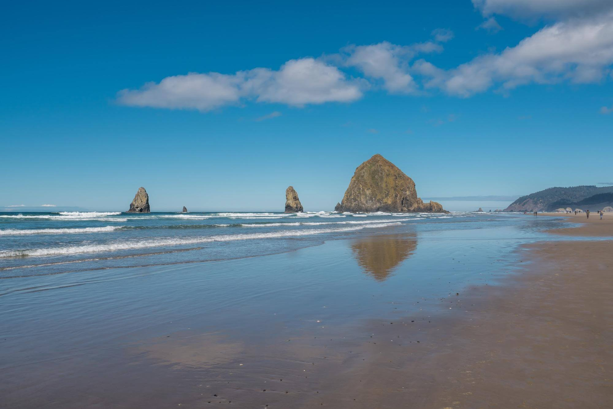 Photo of Cannon Beach, home to a Bevy of Fun Things to Do at the Beach.
